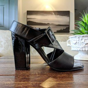 ROBERT CLERGERIE Leather Crossover Sandals Heels